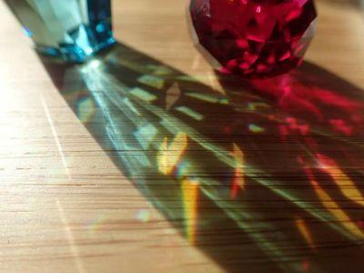 色水晶.jpg